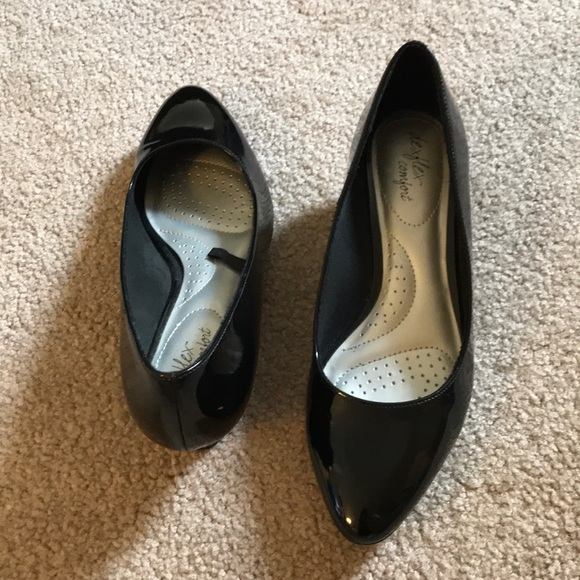 de60fd24aa1 dexflex comfort Shoes - Low black wedge heels